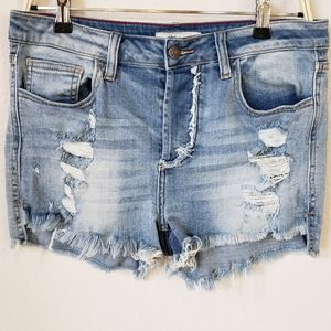 Cello distressed button fly denim shorts size L